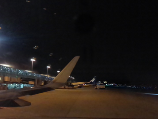 羽田空港に到着.jpg